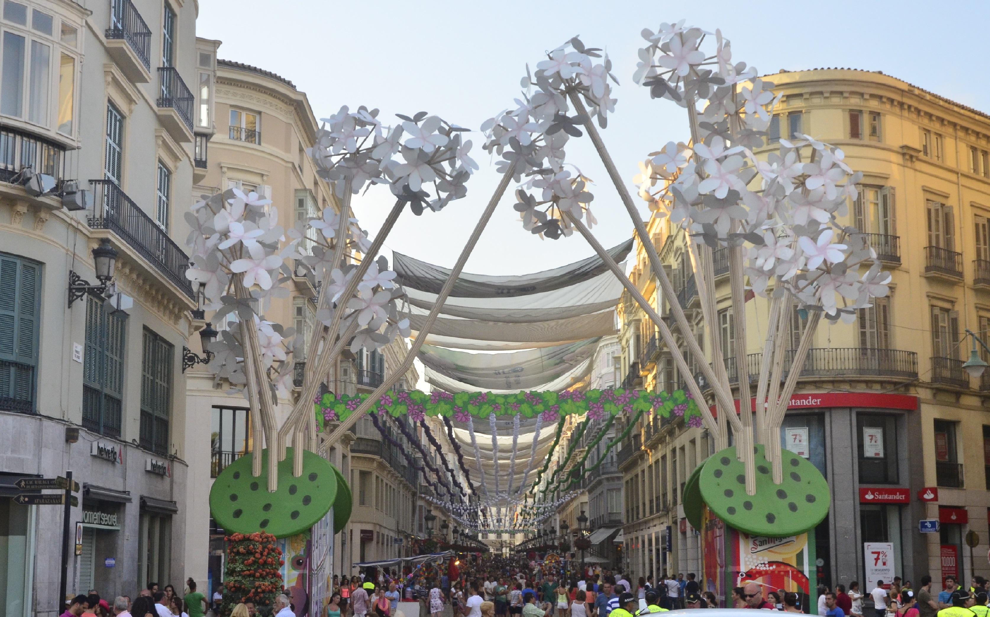 Calle Larios during Málaga Fair